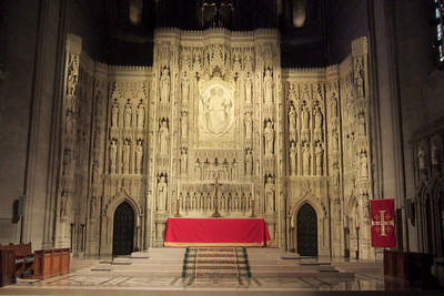 While Dad stayed at the house to enjoy some peace and quiet, Pat took his mother, Mary Clare, to the Washington National Cathedral for a tour. (Image taken with FinePix F10 at ISO 800, f2.8, 1/26 sec and 8mm)