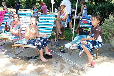 Sydney, Christopher and one of Christopher's friends, Brendan, enjoying a day of swimming and a Labor Day picnic at Donaldson Run Pool, which is just around the corner from the house. (Image taken with FinePix F10 at ISO 200, f2.8, 1/350 sec and 8mm)