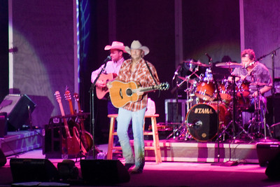 Betsy, Frank, Kathy and Pat had a great evening at the Alan Jackson concert at the Mid-State Fair in Paso Robles. Betsy was able to get skybox seats from her boss, so we had great seats. (Image taken with Canon EOS DIGITAL REBEL XT at ISO 1600, f5.6, 1/40 sec and 300mm)