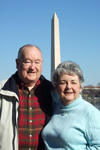 Grady and Mary Clare in front of the Washington Monument. (Image taken with FinePix F10 at ISO 80, f7.1, 1/320 sec and 24mm)