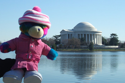 Rainbow Bear in front of the Thomas Jefferson Memorial. (Image taken with FinePix F10 at ISO 80, f6.4, 1/320 sec and 18.1mm)
