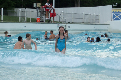 Kings Dominion also has wave pools. (21 Jun 2008) (Image taken with FinePix F10 at ISO 200, f5.0, 1/280 sec and 24mm)