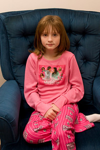Celebrating Sydney's 10th birthday on the weekend following her birthday. (Image taken with Canon EOS 20D at ISO 800, f5.0, 1/60 sec and 30mm)