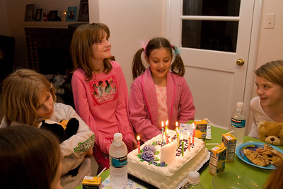 Celebrating Sydney's 10th birthday on the weekend following her birthday. (Image taken with Canon EOS 20D at ISO 800, f5.0, 1/60 sec and 19mm)