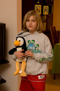 Celebrating Sydney's 10th birthday on the weekend following her birthday. (Image taken with Canon EOS 20D at ISO 800, f5.0, 1/60 sec and 36mm)