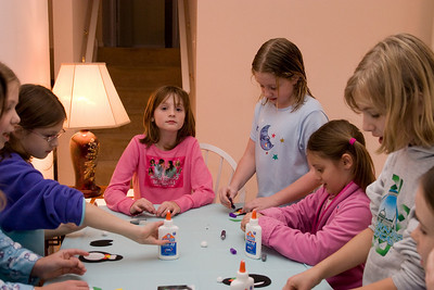 Celebrating Sydney's 10th birthday on the weekend following her birthday. (Image taken with Canon EOS 20D at ISO 800, f5.0, 1/60 sec and 28mm)