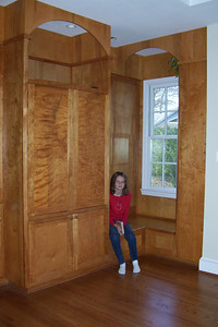 Sydney showing off the built-in cabinets in Pat and Kathy's upstair's family room. (Image taken with KODAK EASYSHARE C653 ZOOM DIGITAL CAMERA at ISO 200, f2.7, 1/60 sec and 6mm)