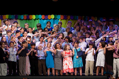 """Singing """"we go together."""" Taylor Elementary 5th Grade Graduation (15 Jun 2009) (Image taken with Canon EOS 20D at ISO 1600, f6.3, 1/60 sec and 70mm)"""