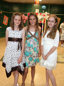 Sydney, Sara and Emily. Taylor Elementary 5th Grade Graduation (15 Jun 2009) (Image taken with FinePix F10 at ISO 800, f2.8, 1/100 sec and 8mm)