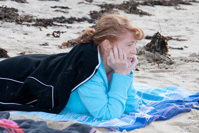Kathy enjoying the day at the beach in Cronulla. Australia (02 Jul 2009) (Image taken with Canon EOS 20D at ISO 200, f5.6, 1/250 sec and 62mm)