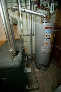 Janitrol Gas Boiler No. 7-22 and 50-gallon hot water heater (23 Jul 2009) (Image taken by Patrick R. Kane with Canon EOS-1DS at ISO 400, f4.5, 1/60 sec and 17mm)