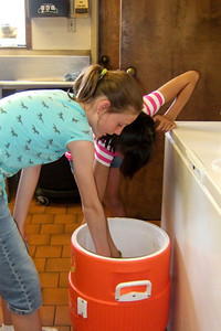Sydney and Sierra at Vacation Bible School, St. John's Lutheran Church, Oxnard (31 Jul 2009) (Image taken by Kathy T. Kane with FinePix F10 at ISO 800, f2.8, 1/100 sec and 8mm)