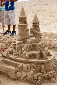 A beautiful sand castle in Pismo Beach (01 Aug 2009) (Image taken with Canon EOS 20D at ISO 400, f13.0, 1/500 sec and 48mm)