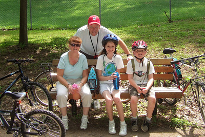 Pat, Kathy, Sydney and Christopher enjoyed a bicycle ride on the Capital Crescent Trail from Fletcher's Boat House to Bethesda and back (10-miles round trip). Fortunately, we finished the ride before the rain in the afternoon. (Image taken with FinePix F10 at ISO 200, f4.0, 1/320 sec and 8mm)