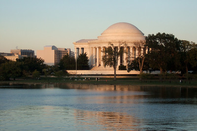 Thomas Jefferson Memorial. (Image taken by Sydney J. Kane on 19 Sep 2009 with FinePix F10 at ISO 200, f4.7, 1/170 sec and 20.1mm)