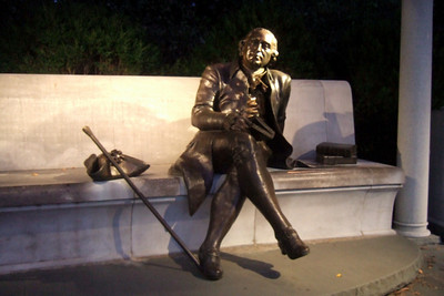 George Mason Memorial. (Image taken by Sydney J. Kane on 19 Sep 2009 with FinePix F10 at ISO 800, f2.8, 1/14 sec and 8mm)