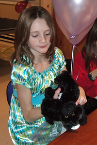 Sydney's 11th Birthday (09 Jan 2009) (Image taken with FinePix F10 at ISO 800, f2.9, 1/100 sec and 8.9mm)