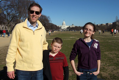 Chris Giacomazzi with Sydney and Christopher Kane on the National Mall (06 Mar 2010) (Image taken by Patrick R. Kane on 06 Mar 2010 with FinePix F10 at ISO 80, f5.6, 1/680 sec and 8mm)