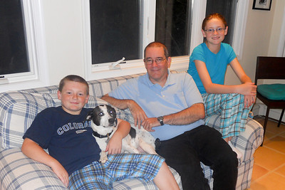Uncle John was in town for a quick trip and was able to stay overnight to visit Christopher, Sydney and Dolly (Image taken by Christopher R. Kane on 29 Sep 2010 with COOLPIX S570 at ISO 100, f2.7, 1/25 sec and 5mm)