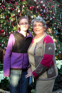 Sydney with her grandmother, Mary Clare, at the U.S. Botanic Garden (Image taken by Patrick R. Kane on 28 Nov 2010 with FinePix F10 at ISO 800, f2.8, 1/125 sec and 8mm)