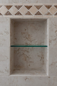 The niche in the shower. (Image taken by Patrick R. Kane on 21 Aug 2011 with Canon EOS-1D Mark III at ISO 200, f8.0, 1/60 sec and 24mm)