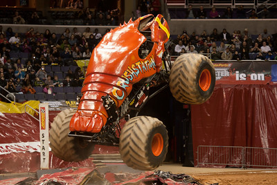 Crushstation. Monster Jam at the Verizon Center (Image taken by Patrick R. Kane on 29 Jan 2011 with Canon EOS-1D Mark III at ISO 800, f2.8, 1/250 sec and 140mm)