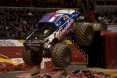 Thrasher. Monster Jam at the Verizon Center (Image taken by Patrick R. Kane on 29 Jan 2011 with Canon EOS-1D Mark III at ISO 400, f2.8, 1/250 sec and 135mm)