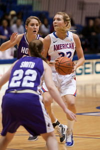 #22 Liz Leer of the American University women's basketball team playing against the Holy Cross Crusaders. The Eagles beat the Crusaders 84 to 53. (Image taken by Patrick R. Kane on 22 Jan 2011 with Canon EOS-1D Mark III at ISO 1600, f2.8, 1/320 sec and 160mm)