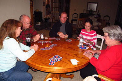 Tracy, Grady, John, Rachel, Mary Clare and Patrick (not shown) playing Phase10. (Image taken by Patrick R. Kane on 04 Nov 2012 with Canon PowerShot G12 at ISO 0, f2.8, 1/60 sec and 6.1mm)