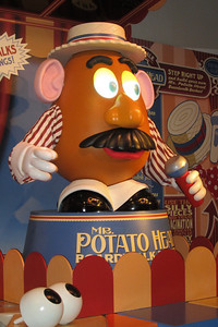 Mr. Potato Head, Disney's Hollywood Studios (Image taken by Kathy L. Kane on 26 May 2012 with Canon PowerShot ELPH 100 HS at ISO 0, f4.0, 1/60 sec and 10.9mm)