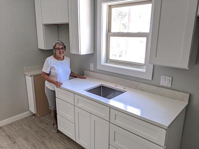 Efficiency kitchen counter