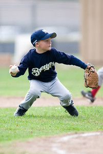 #08 Christopher Kane scooping up the ball and throwing it to 1st base. Brewers vs. Red Sox, 2007 North Side Little League Baseball, Tee Ball Division