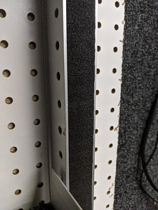 Aluminum extrusions for the shelving