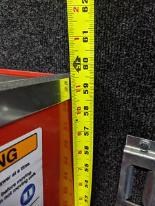 Height of Snap-On toolbox