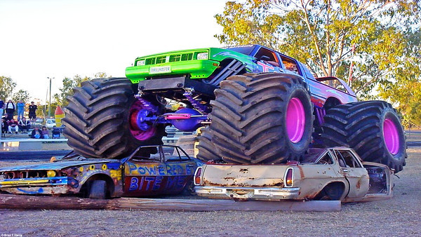 This monster is on a mission to wreck ouy son Paul's car at Emerald burnouts 23/06/2001