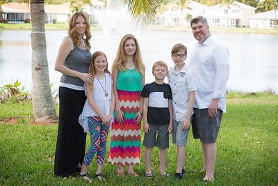 EP Family 11Vignette
