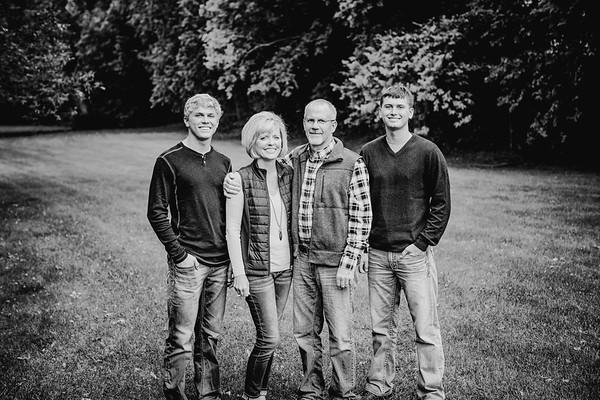 00018--©ADHphotography2017--Pearson--Family--FallMini