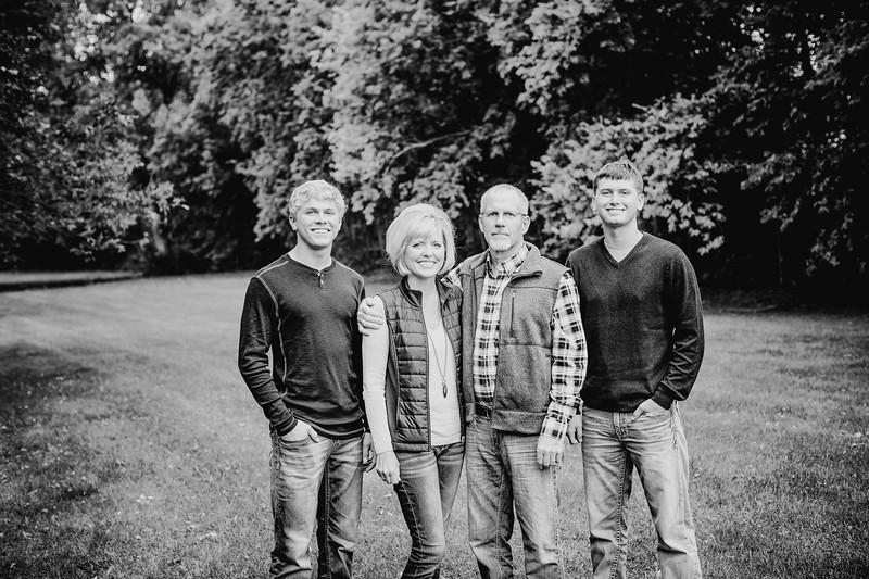 00004--©ADHphotography2017--Pearson--Family--FallMini