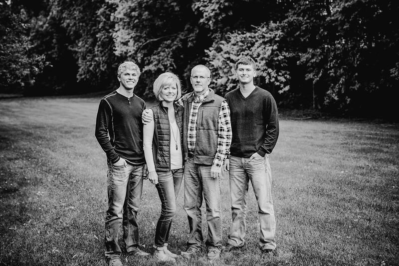 00022--©ADHphotography2017--Pearson--Family--FallMini