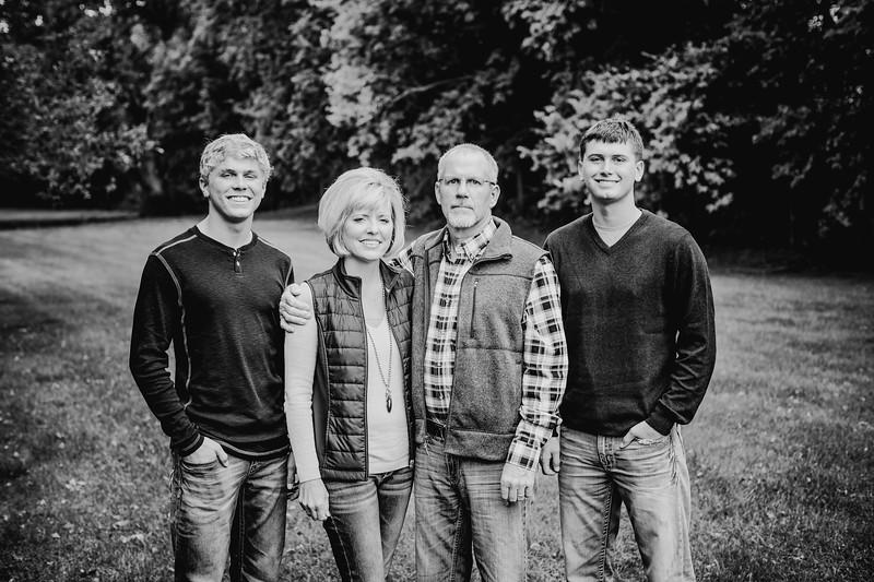 00012--©ADHphotography2017--Pearson--Family--FallMini