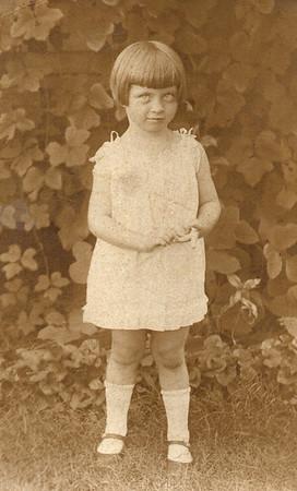 1926 Annie Thompson