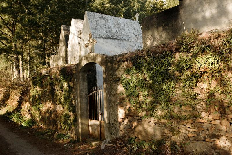 Entrada al cementerio de Santa María del Pinel
