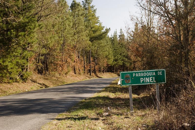 Entrando en Santa María del Pinel