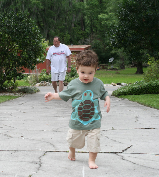 Gabe is already outrunning Pops!
