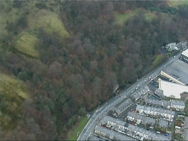 991127 325 Burnley Road from air 2