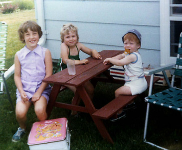 Angie, Elissa & John at the little picnic table