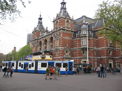 Stadsschouwburg (city theatre) at Leidseplein