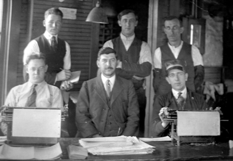 Bampa (lower right) in the 1920s