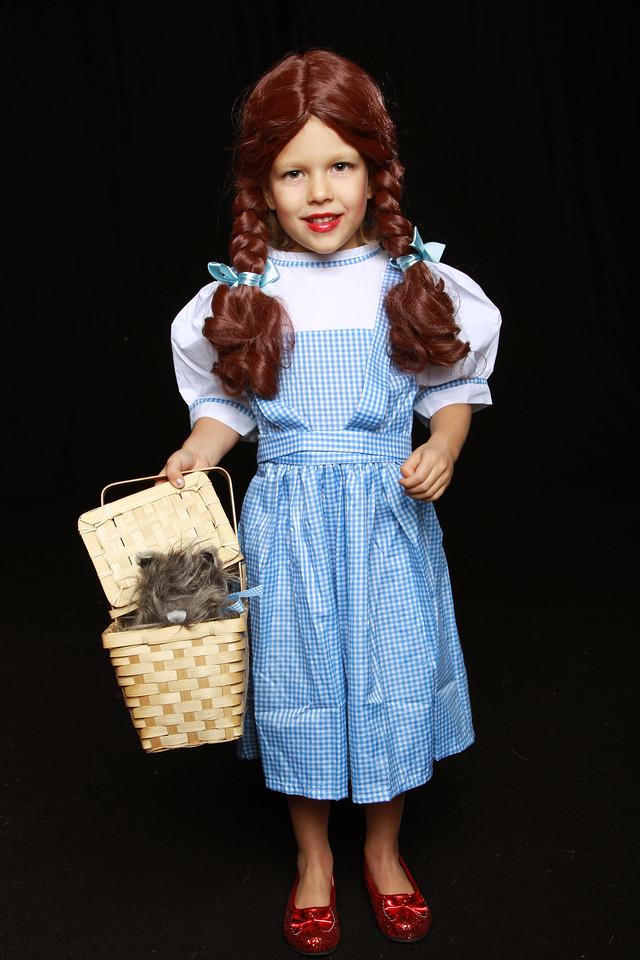 Leia Halloween as Dorothy in Wizard of Oz