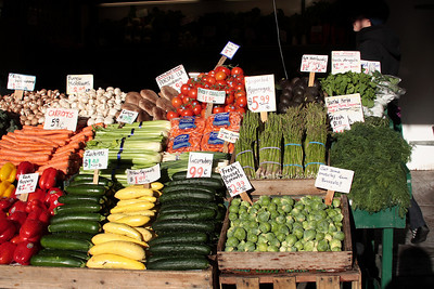 Lot's of colorful veggies